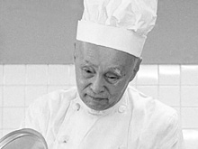 インスタント食品にも理解を示した「天皇の料理番」秋山徳蔵