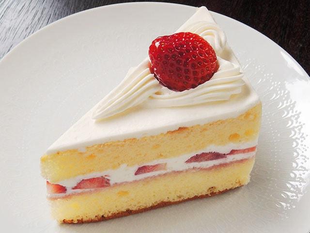 ショートケーキ、シュークリーム…『西洋菓子店プティ・フール』に登場するお菓子を探して